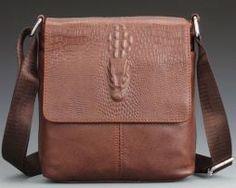 04c11575d7628 Pánska kožená taška cez rameno s motívom krokodíla vo svetlo hnedej farbe (3 )