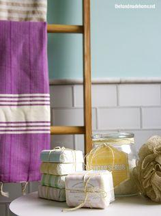 make your own soap {our fave recipes + free printables} - the handmade homethe handmade home