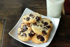 The BEST low carb and gluten free Chocolate Chip Cookie!