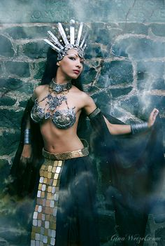 cosplayingwhileblack:  Queen of the Damned Cosplay by ~tanuki-chan  Character: Akasha  Series: Queen of the Damned