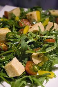 Sugar'n'Sale, un blog de recettes de cuisine et de pâtisserie: Comme du Tofu, mais au pois chiche.. Et c'est maison. Low Carb Recipes, Vegan Recipes, Low Fat Low Carb, Seitan, Protein Foods, Protein Recipes, Seaweed Salad, Vegan Vegetarian, Vegan Food
