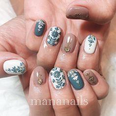 Nail art Christmas - the festive spirit on the nails. Over 70 creative ideas and tutorials - My Nails Cute Nails, Pretty Nails, Nail Manicure, Nail Polish, Shellac Nail Art, Hair And Nails, My Nails, Gel Nagel Design, Fall Nail Designs