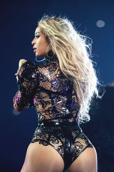 "girlsluvbeyonce: "" Formation World Tour in Atlanta (Sep. 26) """