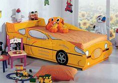 Kinderzimmer gestalten – 20 Kinderbetten für coole Jungs wie Autos geformt - kinderzimmer gestalten junge bett auto gelb schnell wagen kidsroom car bed