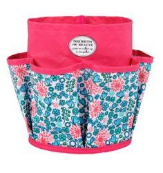 Rangement pour salle de bain multipoche  http://www.deco-et-saveurs.com/accessoires-de-rangement/2735-rangement-salle-de-bain-multi-poches-secrets-de-beaute-3662034013660.html