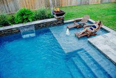 110 Amazing Small Backyard Designs With Swimming Pool – - Hinterhof Inground Pool Designs, Swimming Pool Designs, Small Swimming Pools, Swimming Pools Backyard, Pool Spa, Small Pools, Small Decks, Gunite Swimming Pool, Swimming Tips