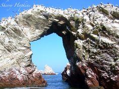 Ballesta Islands, Peru