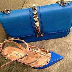Valentino - Cobalt Blue and Shoes Valentino Clothing, Valentino Shoes, Foto Fashion, Fashion Shoes, Fashion Killa, Beautiful Handbags, Beautiful Shoes, Shoe Boots, Shoe Bag