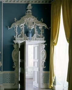 Doorcase in the Chinese Room at Claydon House, Buckinghamshire, created by Luke Lightfoot in the 1760s.