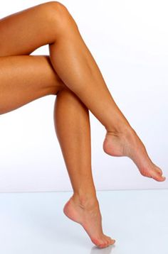 Vein treatment for varicose veins and spider veins by Chicago's top vascular Physician Dr. Doshi - 4 board certifications & thousands of procedures. Thin Legs, Sexy Legs, Nice Legs, Smooth Legs, Long Legs, Beauty Skin, Health And Beauty, Spider Vein Treatment, Make Up