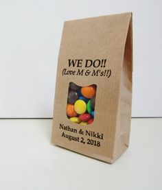 Rustic wedding favor bags for your personalized M&Ms or any other tasty snack or gift. Love the see-thru portion on the front of the bag!