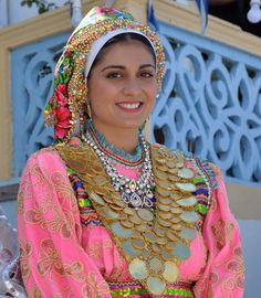 Woman from Olympos in traditional dress Karpathos, Greek Traditional Dress, Traditional Fashion, Beautiful People, Beautiful World, Coloured People, Costumes Around The World, Costumes For Women, Greek Costumes
