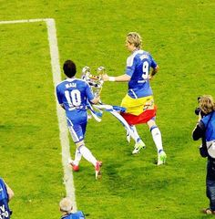 On this day, on year ago <3 Juan Mata & Fernando Torres, Champions League 2012.