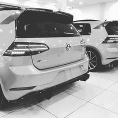 #volkswagen  #vw  #beetle  #gti  #aircooled  #vwlove  #vdub  #golf  #mk6  #fusca  #mk7  #vwbug  #vwbeetle  #mk5  #vwbus  #vocho  #volks  #mk4  #jetta  #kombi  #vwgolf  #passat  #vwporn  #bug  #low  #vwvortex  #vwlife  #mk3  #mk1  #mk2