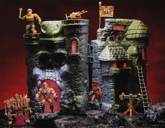He-Man & the Masters of the Universe - Castle Grayskull | 12 Coolest Action Figure Playsets Of The '80s