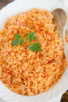 The BEST Authentic Mexican Rice Recipe Mexican Side Dish rice recipes - Dinner Recipes Mexican Side Dishes, Mexican Rice Recipes, Easy Mexican Rice, Homemade Mexican Rice, Taco Side Dishes, Mexican Desserts, Mexican Rice Recipe For Rice Cooker, Mexican Rice Recipe With Tomato Sauce, Easy Recipe For Mexican Rice