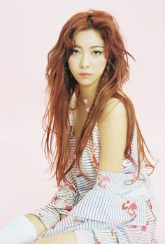LUNA - f(x) - The Moon Child, who along with Krystal, Amber, and Victoria carried on as a quartet once Sulli left in AMx Kpop Girl Groups, Korean Girl Groups, Kpop Girls, Kiko Mizuhara, Sulli, 2ne1, Fx Luna, Shinee, Got7