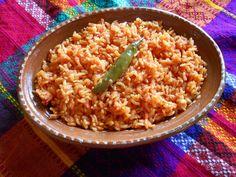 Arroz Rojo Mexicano. Receta de Arroz Mexicano de la cocina Mexicana. Ingredientes, tecnicas y secretos de Jauja Cocina Mexicana para cocinar un arroz rojo me...