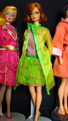 (18 giugno 2011) | Flickr - Photo Sharing! Barbie Go, Malibu Barbie, Play Barbie, Barbie Hair, Barbie World, Barbie Clothes, Barbie Life, Barbie Stuff, 1970s Dolls