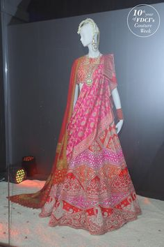 Indian Bridal Outfits, Indian Bridal Wear, Indian Dresses, Saree Wearing Styles, Saree Styles, Lehenga Designs, Saree Blouse Designs, Dress Designs, Indian Lehenga