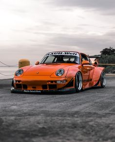 Porsche Sports Car, Porsche Models, Porsche Cars, Porsche Motorsport, Porsche 993, Stance Nation, Jdm, Super Fast Cars, Rauh Welt