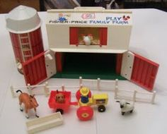 Childhood Memory Keeper: Retro Pop Culture from the 1960s, 1970s and 1980s: Fisher-Price Play Family Farm