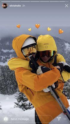 Ski Season, Winter Season, Instagram Cool, Look Girl, Instagram Story Ideas, Friend Photos, Winter Time, Winter Wonderland, Cute Couples