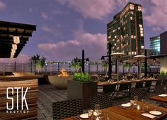 STK is in the Meatpacking area and consists of 3 floors with a lounge, bar, steak house and roof terrace with views over one of Manhattan's best hotels The Standard.