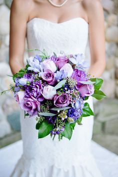 truly beautiful purple wedding bouquets