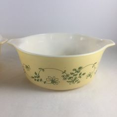 Cookware, Dining & Bar Bakeware & Ovenware Popular Brand Rare Vintage 11 Cm Small Pyrex Lidded Snowflake Cooking Dish