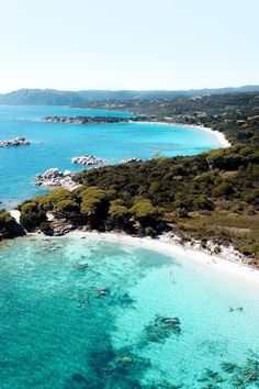La plage de Palombaggia en Corse en 12 clichés - Côté Maison