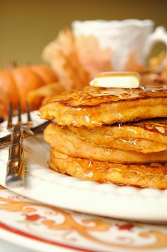 Pumpkin Pancakes...if they even slightly anything like pumpkin fritters they will be awesome!