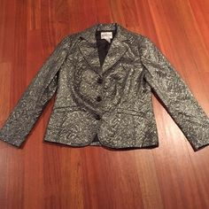 CHICO'S METALLIC JACKET SZ 1 Perfect condition. Newly dry cleaned. Perfect for the holidays Chico's Jackets & Coats Blazers