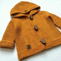 Neu Stricken Ravelry: Project Gallery for Snug pattern by Hinke, Baby Cardigan Knitting Pattern Free, Knitted Baby Cardigan, Hand Knitted Sweaters, Baby Knitting Patterns, Knitting Designs, Baby Patterns, Knitting Projects, Pull Bebe, Baby Coat