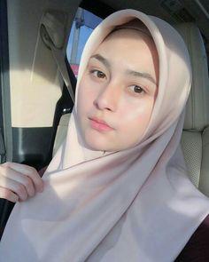 63 Trendy Ideas for makeup wedding hijab eyes Hijab Niqab, Muslim Hijab, Hijab Chic, Mode Hijab, Beautiful Lips, Beautiful Hijab, Wedding Hijab, Wedding Makeup, Hijab Bride
