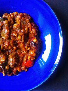 Fűszeres, padlizsános marharagu (Khoresh Bademjan) | Chili és Vanília Chana Masala, Chili, Ethnic Recipes, Repeat, Food, Cilantro, Chile, Essen, Eten