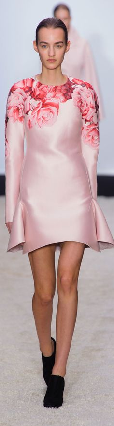 Can Spring get here soon please?? Giambattista Valli Fall 2014