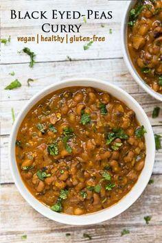 This one-pot quick #vegan Black Eyed Peas recipe will soon become a family favorite! Instant-pot option! #veganrecipes #veganfood #instantpot #glutenfreerecipes #glutenfree