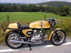 Ducati 1299 Panigale, Ducati Supersport, Ducati 750, Cafe Racer Bikes, Cafe Racer Motorcycle, Cafe Racers, Engine Rebuild, Old Bikes, Motorbikes