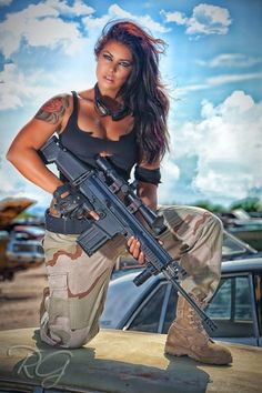 """""""hey guys....so, um, i only use to pose in pics with guns before SHTF...so what am i exactly supposed to do with it again?"""""""