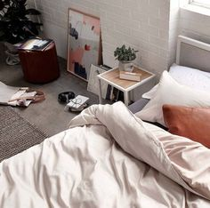 own your morning // bedroom // home decor // interior // urban life // city boys…