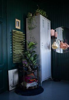 Förra veckans finest bestod bland annat av en grönskande bok, ett besök hemma i Krickelins kök och blogginläggpå temat bäddning. Boken Urban Junglesläpptes förra veckan och ser superhärlig ut. Massvis med inspiration för den som har gröna fingrar – eller för den som önskar att hen hade det! Krickelin visar upp sitt hem rum för …