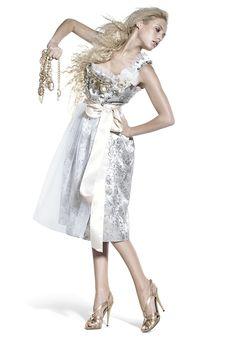 Ophelia Blaimer - Couture - Dirndl - Dans les jardins - Engelstrompete