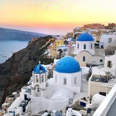 Postcard from Santorini 💛