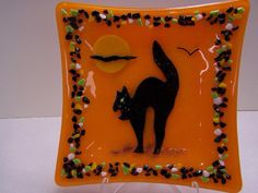 Scary Cat Fused Glass Halloween Plate by DsGlassDesigns on Etsy, $45.00