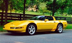 1993 Chevrolet Corvette Pictures: See 476 pics for 1993 Chevrolet Corvette. Browse interior and exterior photos for 1993 Chevrolet Corvette. 1996 Corvette, Chevrolet Corvette C4, Chevy, Cheap Sports Cars, Sport Cars, Yellow Car, Cool Cars, Classic Cars, Automobile