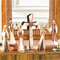 Outlet - Nativity Figurines & Cross
