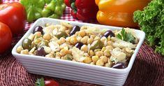 Recette de Salade de pois chiches à la morue. Facile et rapide à réaliser, goûteuse et diététique. Ingrédients, préparation et recettes associées.