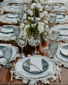 Gone are the days where weddings and wedding receptions mean securing the reception hall at one's local church that is around the corner. Boho Wedding, Wedding Table, Dream Wedding, Wedding Centerpieces, Wedding Decorations, Table Decorations, Christmas Table Settings, Christmas Tables, Beautiful Table Settings
