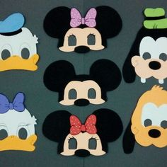 Máscara infantil Turma do Mickei de EVA Mickey Mouse Birthday, 2nd Birthday, Minnie Mouse, Diy And Crafts, Crafts For Kids, Crochet Mask, Paper Mask, Diy Paper, Tinkerbell